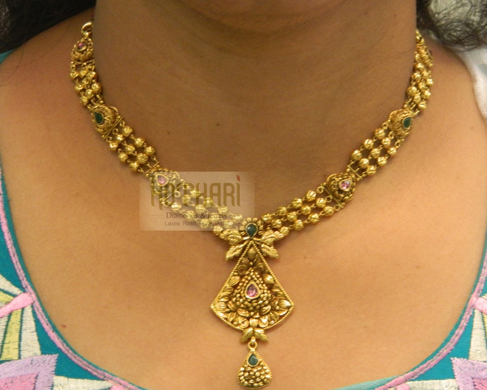 set guttapusalu light gold designs weight jewellery necklace