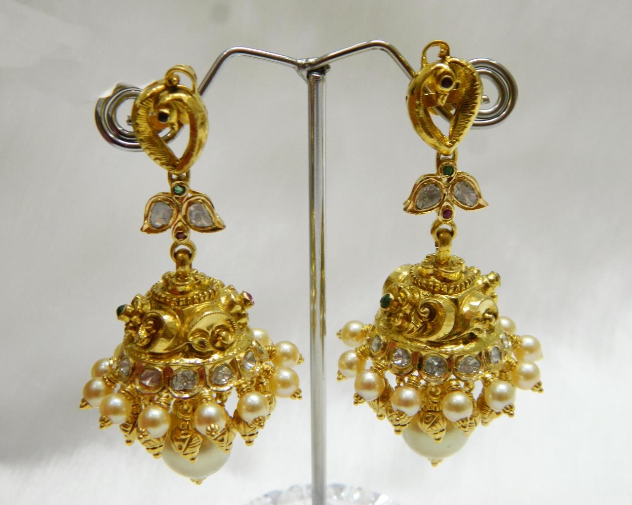 Earrings / Jhumkis / Chandbali - Gold Jewellery Earrings / Jhumkis ...