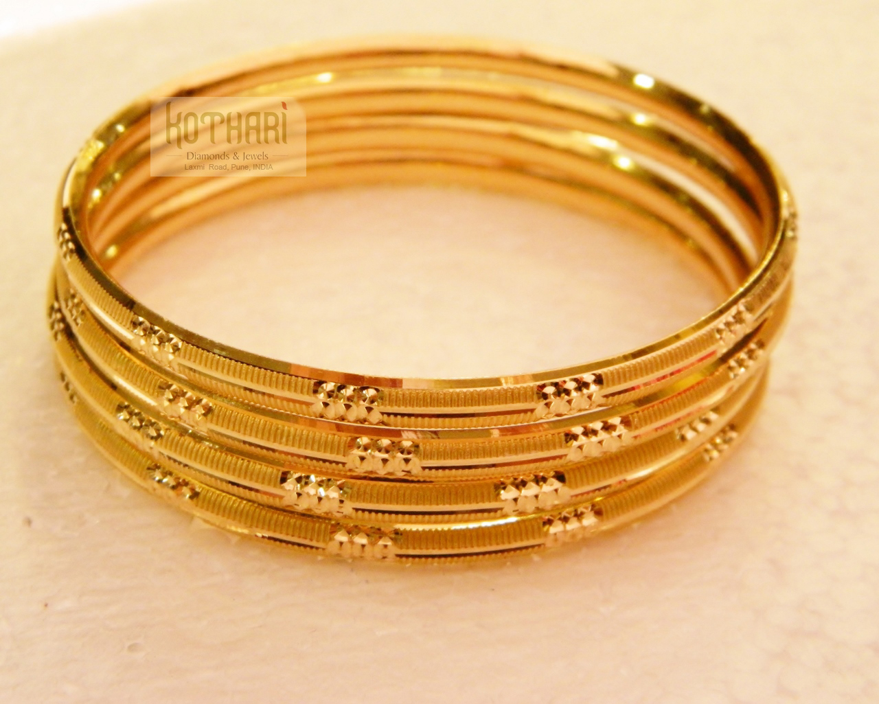 ligth weight gold bangles