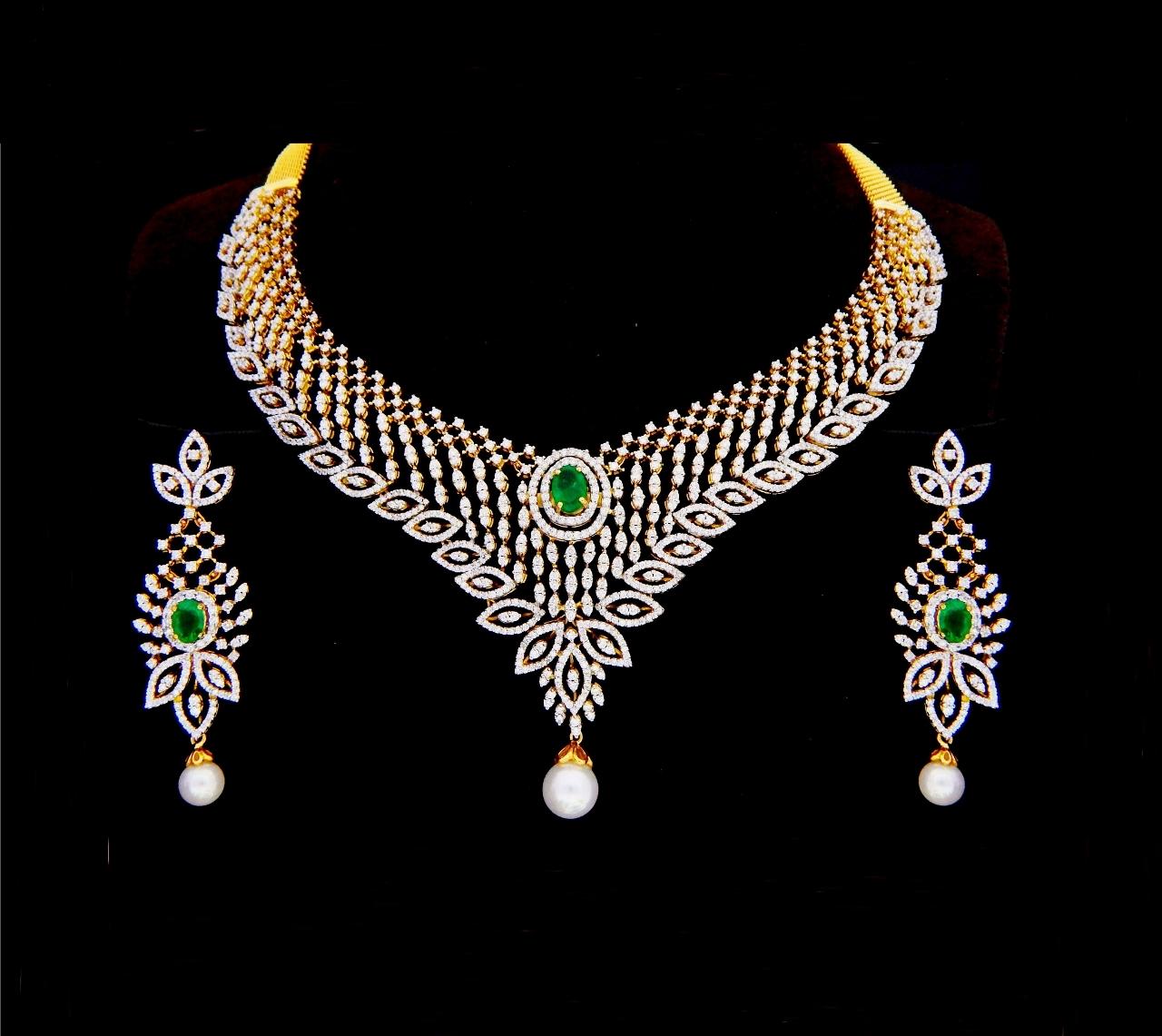 Heavy Indian Diamond Necklace Set