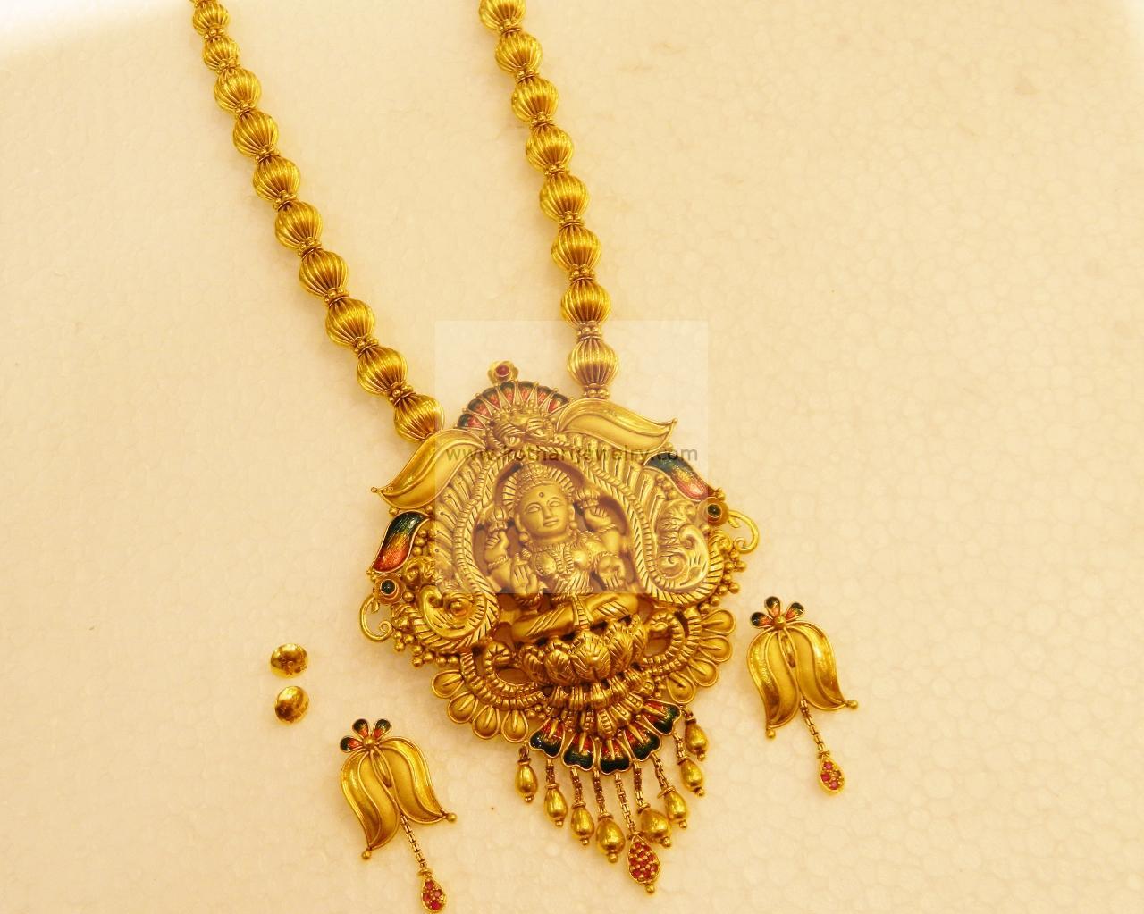 22k lakshmi temple long gold necklace set