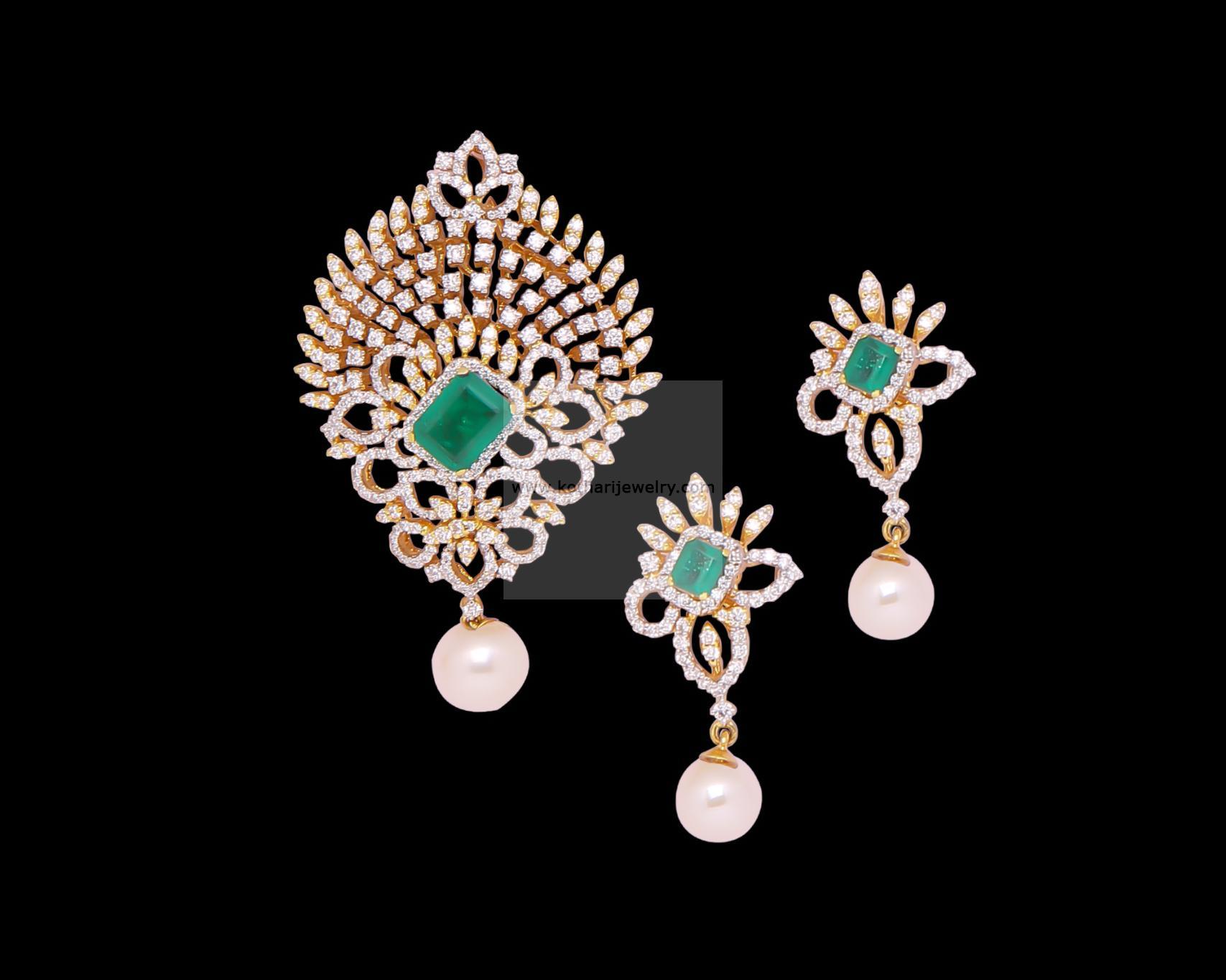 Diamond pendants diamond pendant and earrings indian diamond bridal wear diamond pendant djpam0069 bridal aloadofball Images